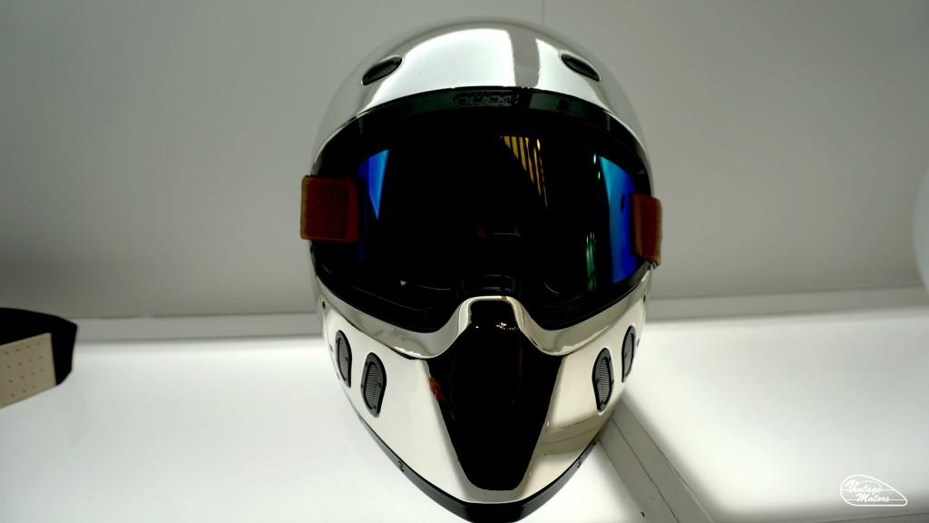 QWART-HELMET-CASQUE-CUSTOM-PLUGANDPLAY-KUSTOM-MOTO-MOTORCYCLE-EICMA-2017-FRENCH-FRANCAIS-CAFERACER-VINTAGE-VINTAGESMOTORS-6