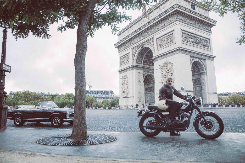 blouson moto avenue de la grande armée à Paris
