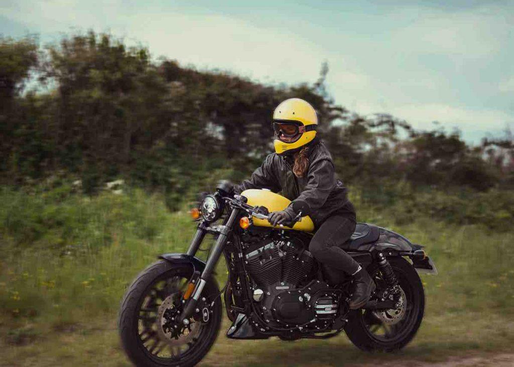 Casque moto Vikinga Jaune