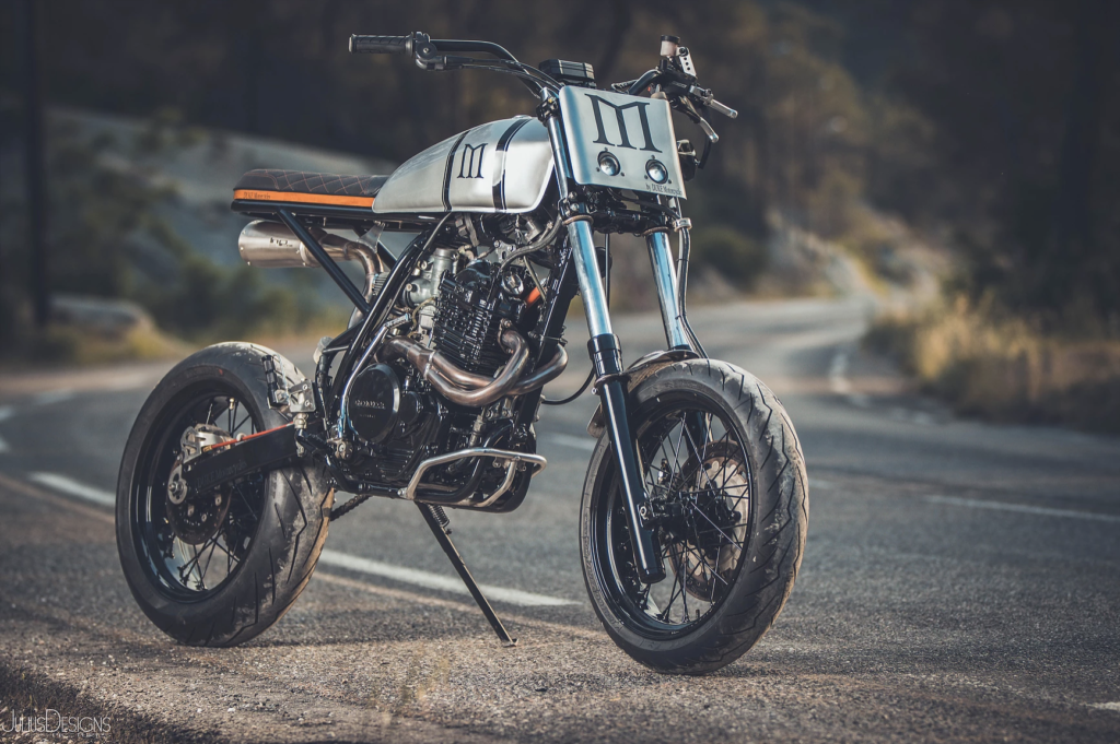 exemple de moto préparé en scrambler par Duke Motorcycles
