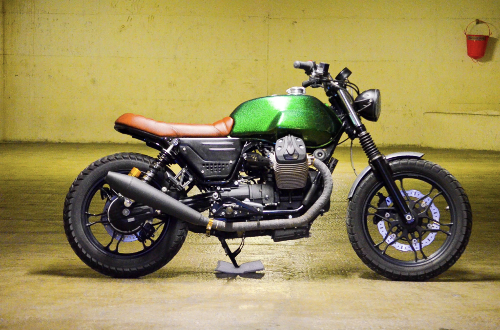 moto modifié en scrambler par Duke Motorcycles